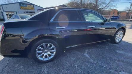 2012 CHRYSLER 300 PASSENGER CAR