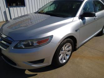 2012 FORD TAURUS PASSENGER CAR