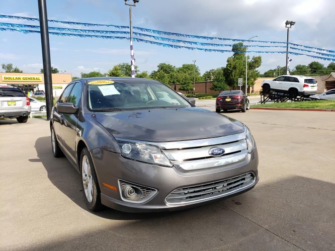 2012 GRAY FORD FUSION (3FAHP07198R) with an V6, 3.0L engine, located at 5605 Crowley Road, Fort Worth, TX, 76134, (817) 989-9255, 36.148457, -115.048225 - Photo #2