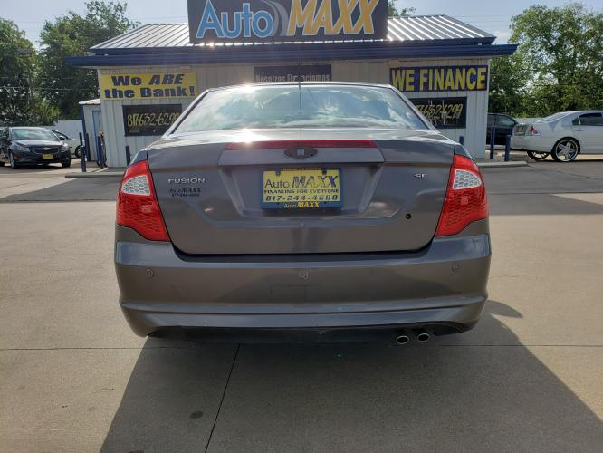 2012 GRAY FORD FUSION (3FAHP07198R) with an V6, 3.0L engine, located at 5605 Crowley Road, Fort Worth, TX, 76134, (817) 989-9255, 36.148457, -115.048225 - Photo #4