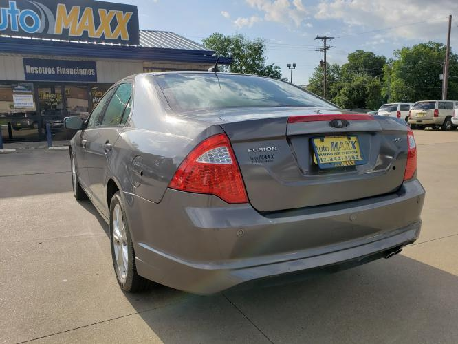 2012 GRAY FORD FUSION (3FAHP07198R) with an V6, 3.0L engine, located at 5605 Crowley Road, Fort Worth, TX, 76134, (817) 989-9255, 36.148457, -115.048225 - Photo #5
