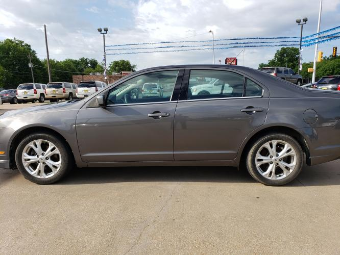 2012 GRAY FORD FUSION (3FAHP07198R) with an V6, 3.0L engine, located at 5605 Crowley Road, Fort Worth, TX, 76134, (817) 989-9255, 36.148457, -115.048225 - Photo #6