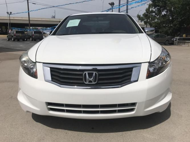2010 WHITE HONDA ACCORD (1HGCP2F37AA) with an L4, 2.4L engine, 5 SPEED AUTOMATIC transmission, located at 5605 Crowley Road, Fort Worth, TX, 76134, (817) 989-9255, 36.148457, -115.048225 - Photo #1