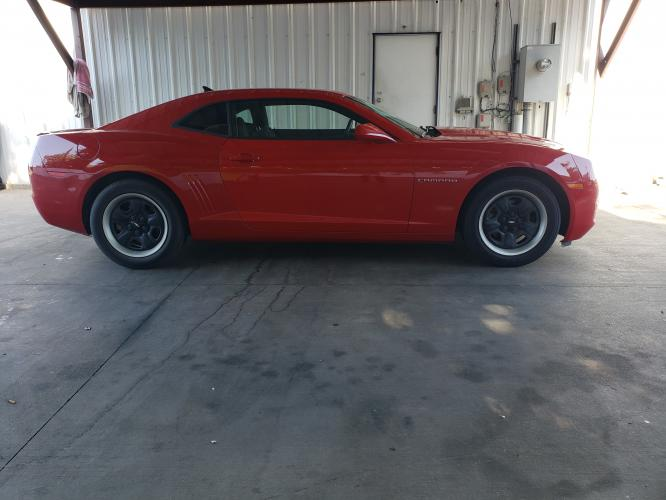 2012 RED CHEVROLET CAMARO (2G1FA1E39C9) with an V6, 3.6L; FFV; DOHC engine, 6 SPEED AUTOMATIC transmission, located at 5605 Crowley Road, Fort Worth, TX, 76134, (817) 989-9255, 36.148457, -115.048225 - Photo #6