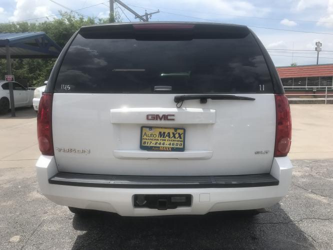 2007 WHITE GMC YUKON (1GKFC13JX7J) with an V8, 5.3L engine, located at 5605 Crowley Road, Fort Worth, TX, 76134, (817) 989-9255, 36.148457, -115.048225 - Photo #4