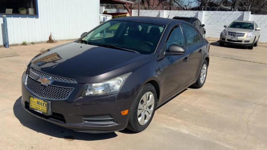 2014 GRAY CHEVROLET CRUZE (1G1PA5SH1E7) with an L4, 1.8L; FFV; DOHC engine, 6 SPEED AUTOMATIC transmission, located at 5605 Crowley Road, Fort Worth, TX, 76134, (817) 989-9255, 36.148457, -115.048225 - Photo #3