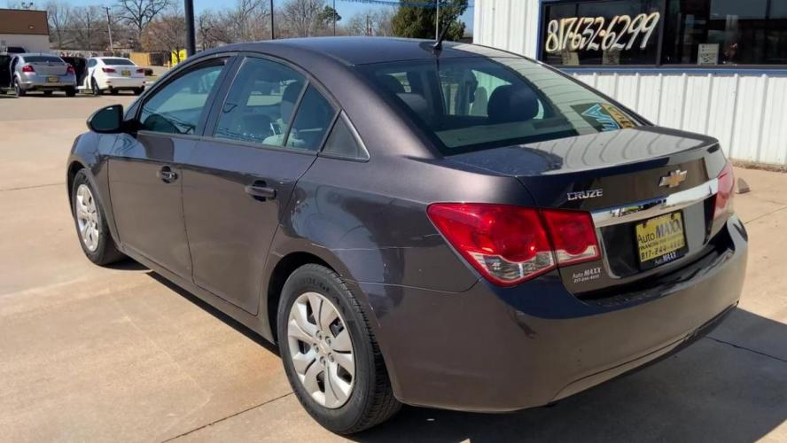 2014 GRAY CHEVROLET CRUZE (1G1PA5SH1E7) with an L4, 1.8L; FFV; DOHC engine, 6 SPEED AUTOMATIC transmission, located at 5605 Crowley Road, Fort Worth, TX, 76134, (817) 989-9255, 36.148457, -115.048225 - Photo #6
