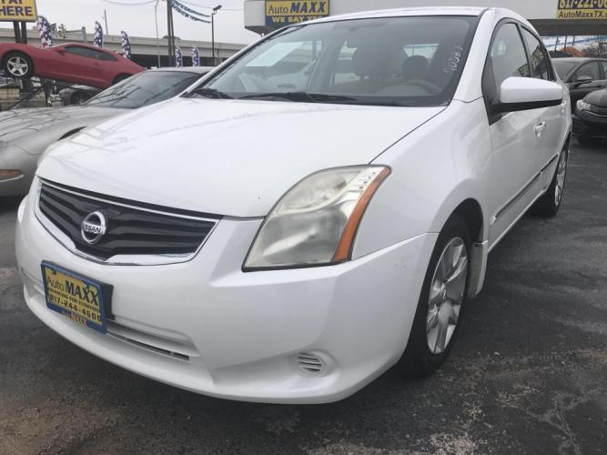 2012 WHITE NISSAN SENTRA (3N1AB6AP2CL) with an L4, 2.0L engine, located at 5605 Crowley Road, Fort Worth, TX, 76134, (817) 989-9255, 36.148457, -115.048225 - Photo #0