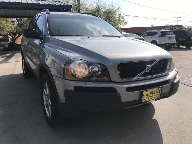 2006 SILVER VOLVO XC90 (YV4CZ592861) with an L5, 2.5L; TURBO engine, located at 5605 Crowley Road, Fort Worth, TX, 76134, (817) 989-9255, 36.148457, -115.048225 - Photo #2