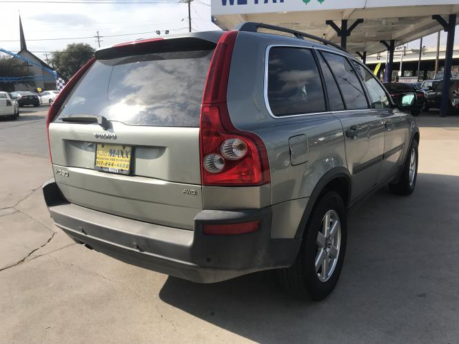 2006 SILVER VOLVO XC90 (YV4CZ592861) with an L5, 2.5L; TURBO engine, located at 5605 Crowley Road, Fort Worth, TX, 76134, (817) 989-9255, 36.148457, -115.048225 - Photo #3