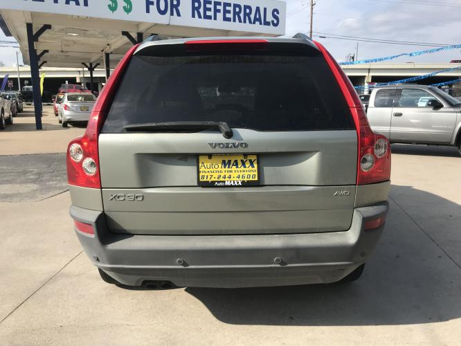 2006 SILVER VOLVO XC90 (YV4CZ592861) with an L5, 2.5L; TURBO engine, located at 5605 Crowley Road, Fort Worth, TX, 76134, (817) 989-9255, 36.148457, -115.048225 - Photo #4