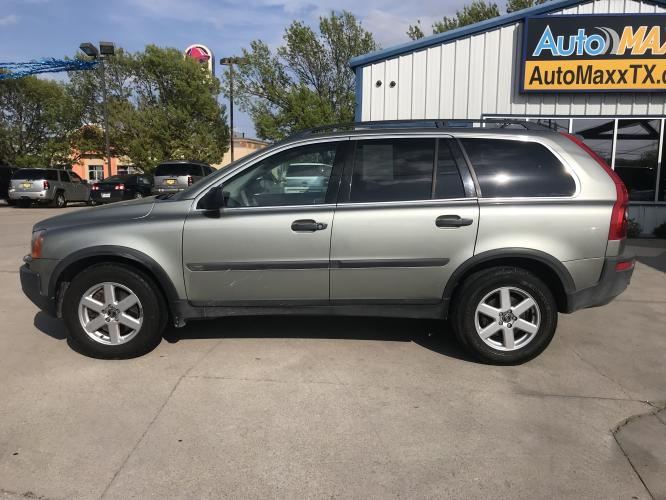 2006 SILVER VOLVO XC90 (YV4CZ592861) with an L5, 2.5L; TURBO engine, located at 5605 Crowley Road, Fort Worth, TX, 76134, (817) 989-9255, 36.148457, -115.048225 - Photo #6