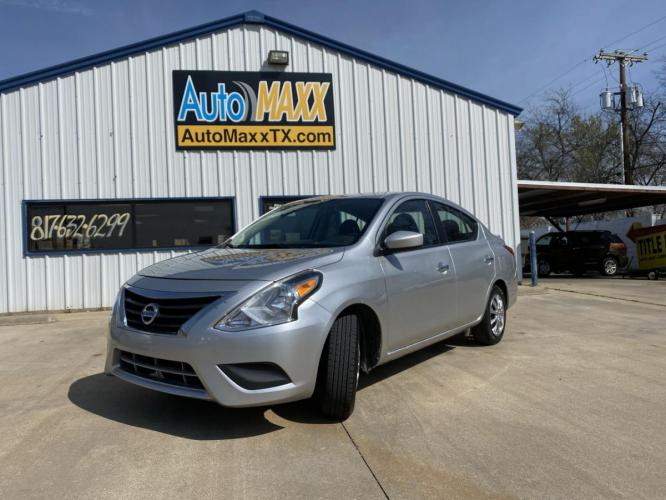 2016 SILVER NISSAN VERSA (3N1CN7AP8GL) with an L4, 1.6L engine, located at 5605 Crowley Road, Fort Worth, TX, 76134, (817) 989-9255, 36.148457, -115.048225 - Photo #0