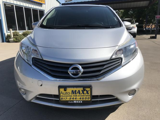 2016 SILVER NISSAN VERSA NOTE (3N1CE2CP7GL) with an L4, 1.6L engine, located at 5605 Crowley Road, Fort Worth, TX, 76134, (817) 989-9255, 36.148457, -115.048225 - Photo #1