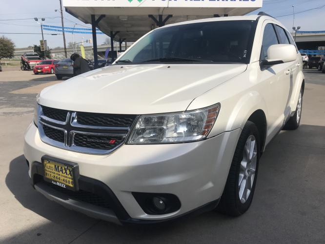 2013 WHITE DODGE JOURNEY (3C4PDCBG6DT) with an V6, 3.6L; FFV; DOHC engine, located at 5605 Crowley Road, Fort Worth, TX, 76134, (817) 989-9255, 36.148457, -115.048225 - Photo #0