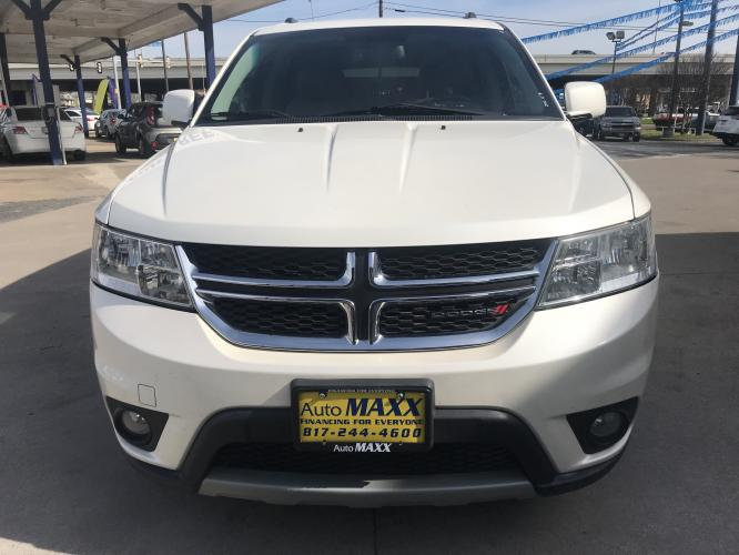 2013 WHITE DODGE JOURNEY (3C4PDCBG6DT) with an V6, 3.6L; FFV; DOHC engine, located at 5605 Crowley Road, Fort Worth, TX, 76134, (817) 989-9255, 36.148457, -115.048225 - Photo #1