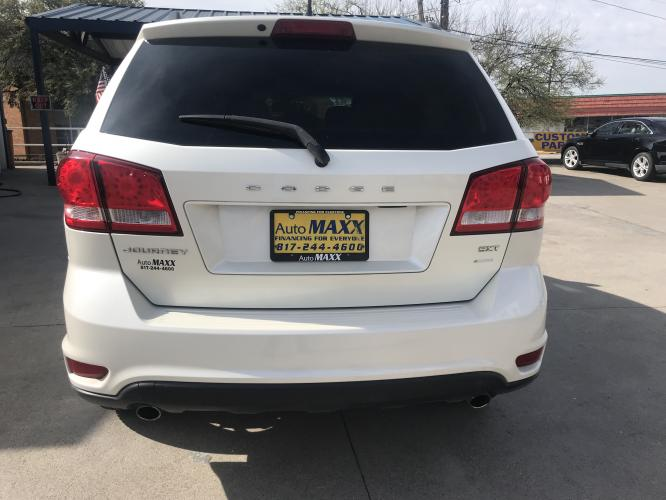 2013 WHITE DODGE JOURNEY (3C4PDCBG6DT) with an V6, 3.6L; FFV; DOHC engine, located at 5605 Crowley Road, Fort Worth, TX, 76134, (817) 989-9255, 36.148457, -115.048225 - Photo #4