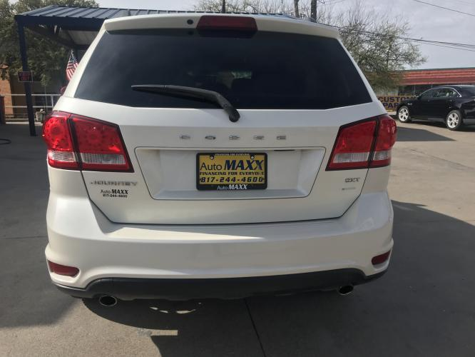 2013 WHITE DODGE JOURNEY (3C4PDCBG6DT) with an V6, 3.6L; FFV; DOHC engine, located at 5605 Crowley Road, Fort Worth, TX, 76134, (817) 989-9255, 36.148457, -115.048225 - Photo #5