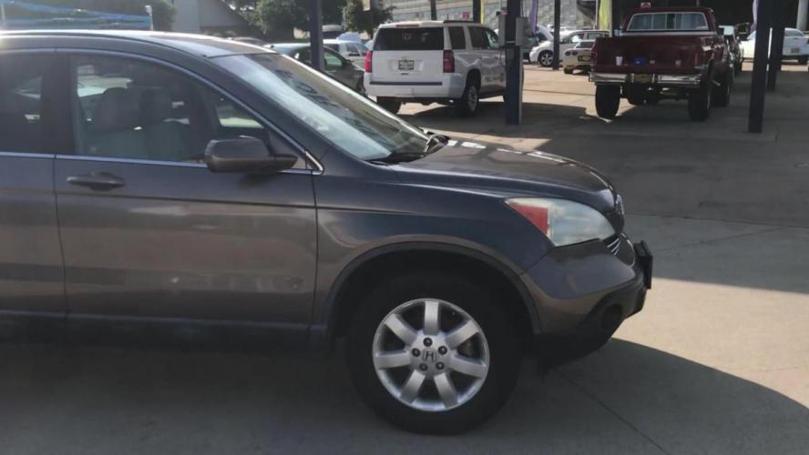 2009 GOLD HONDA CR-V (5J6RE38739L) with an L4, 2.4L engine, 5 SPEED AUTOMATIC transmission, located at 5605 Crowley Road, Fort Worth, TX, 76134, (817) 989-9255, 36.148457, -115.048225 - Photo #2